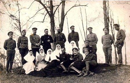 Белогвардейцы во Владикавказе