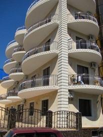 Отель в Кабардинке с бассейном