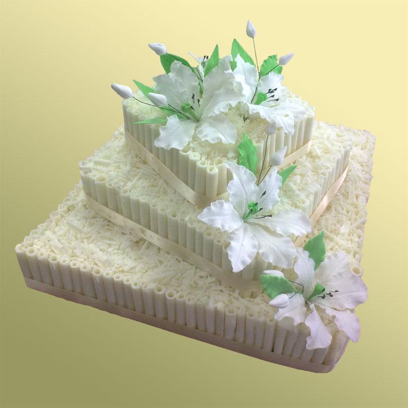 Заказать трехэтажный торт на свадьбу