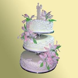Трехэтажные торты на заказ