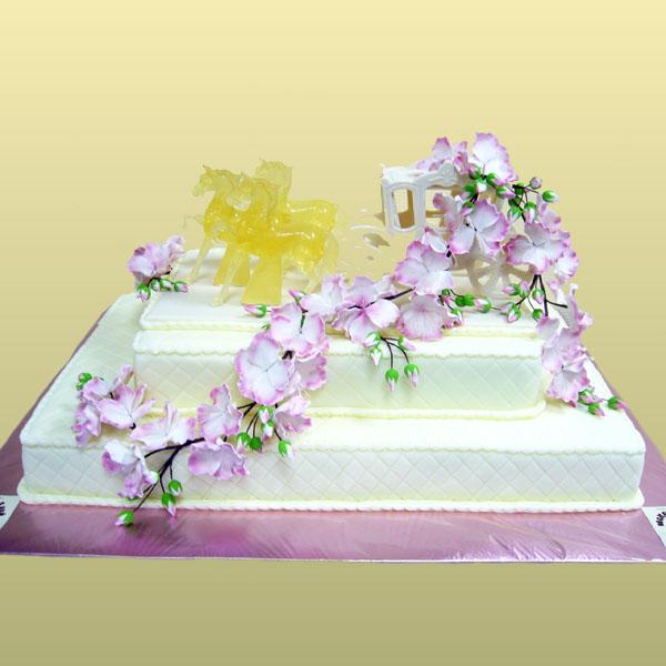 Фотографии свадебных тортов 2015