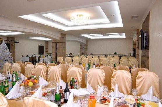 Банкетный зал ресторана в Москве