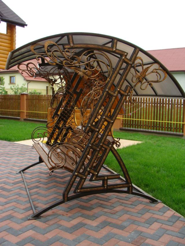 Изготовление скамеек из стали на заказ