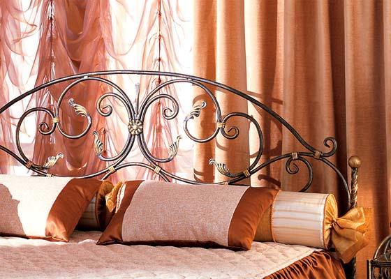Кровати с кованой спинкой в Москве