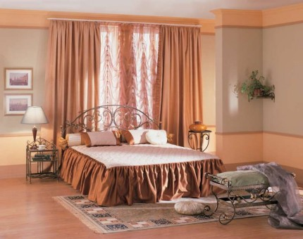 Кованые кровати двуспальные в Москве