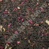 Красный чай с розой