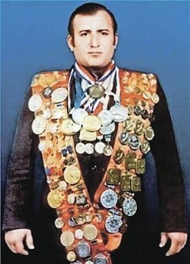 Пловец Шаварш Карапетян