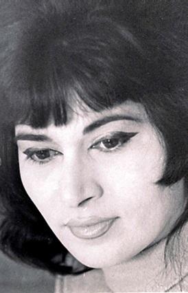 Певица Зейнаб Ханларова