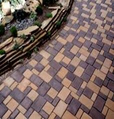 Укладка квадратной тротуарной плитки